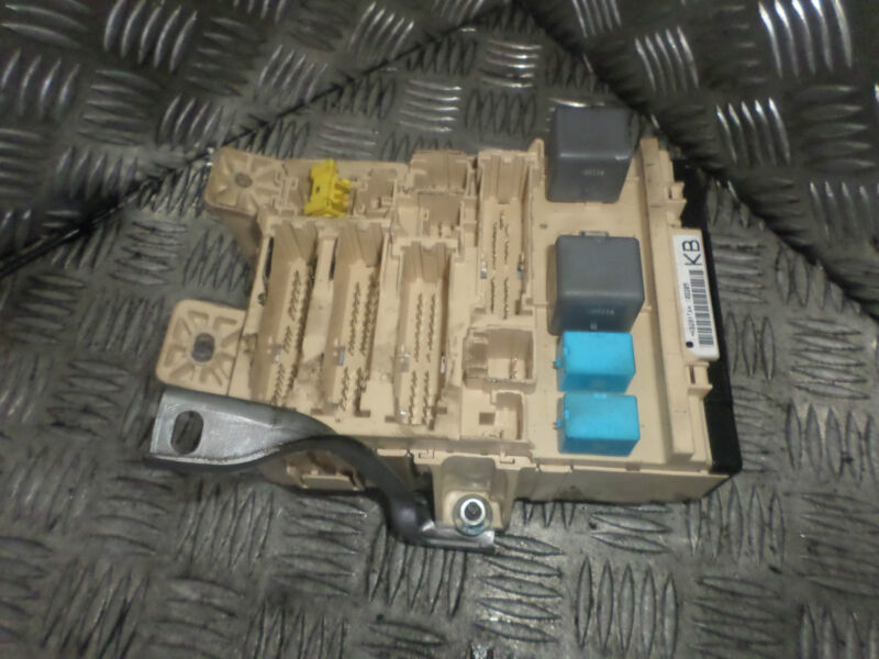2006 LEXUS RX300 3.0 PETROL ESTATE FUSE BOX RELAY MODULE
