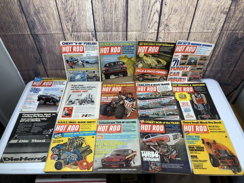 Lot of 12 Vintage 1971 HOT ROD Car Magazines Complete Year (t)