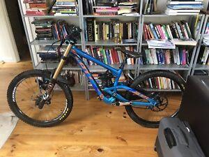 b4a222e4f17 2014 Scott Gambler 710 downhill mountain bike | Men's Bicycles ...