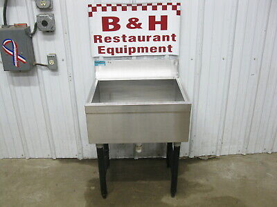 Supreme Metal 23 Stainless Steel Under Bar Ice Well Bin 2