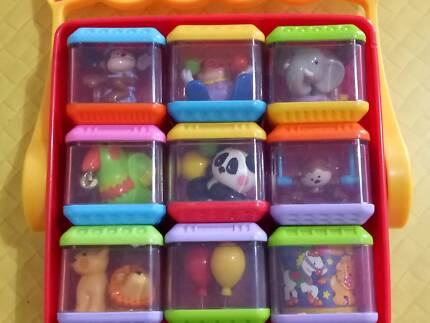 Fisher-Price Peek-a-blocks x 13 + 2 Roll-a-rounds