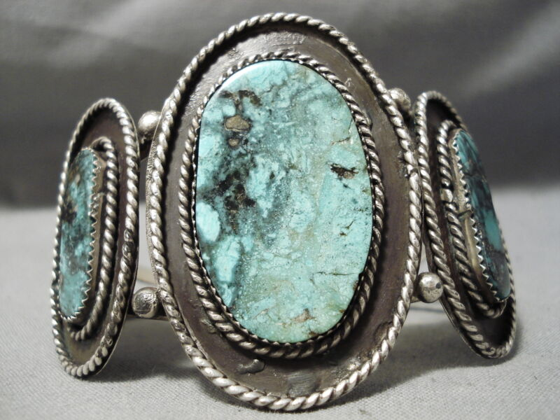 ONE OF THE BEST VINTAGE NAVAJO BLUE WARRIOR TURQUOISE STERLING SILVER BRACELET