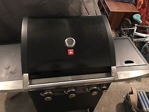 Almost new BBQ