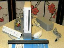 WII Game System, Remotes, Console, full set - excellent condition Aberfoyle Park Morphett Vale Area Preview
