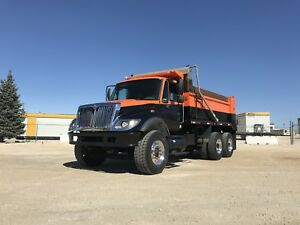 2005 International 7500 Tandem Dump