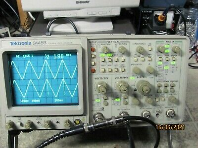Tektronix 2445b 150mhz4 Channel Oscilloscope In Fine Condition 2