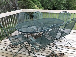 Patio Furniture - Table/Chairs/Umbrella Stand