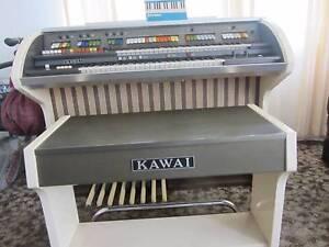 Kawai White Organ Everton Park Brisbane North West Preview
