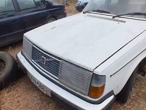Volvo 240 Sedan for wrecking or restoration. Bordertown Tatiara Area Preview