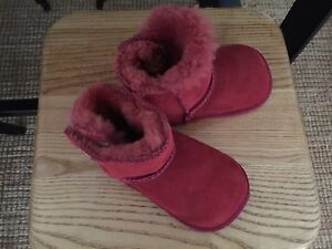 Baby Unisex UGG Boots - Red / Maroon - Small Carrum Kingston Area Preview