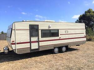 Family Caravan with Shower/vanity Aircon Battery Pack Hillside Melton Area Preview