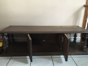 Brown wooden tv stand/bench