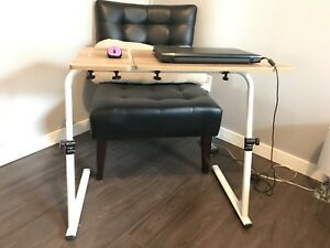 Adjustable laptop table/laptop stand