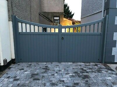 Twickenham Style Double Wooden Driveway Gates - Handmade, Painted And Bespoke