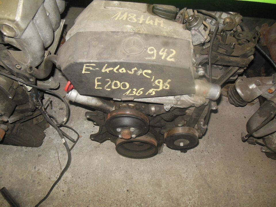 Motor ohne Anbauteile / Mercedes W 210 / E 200 / 136 PS in Castrop-Rauxel