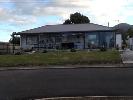 4 Bedroom House in Zeehan, Tasmania