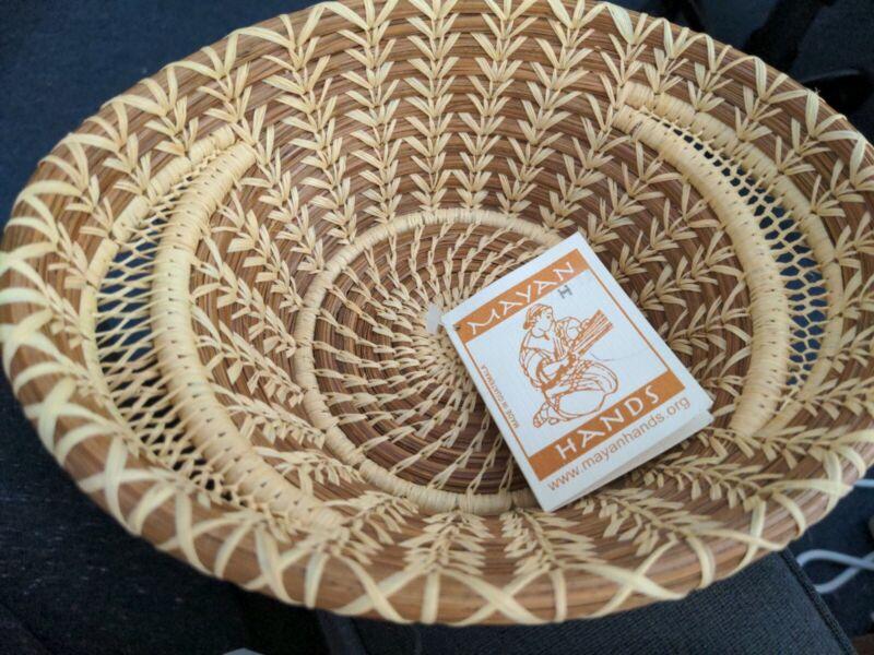 Mayan Hands Guatemala Pine Needle Basket NWT Hand Woven Sabina Bajan Handles