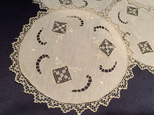 Lovely Set of 4 Antique Off White Handmade Mixed Lace Cocktail Rounds Napkins