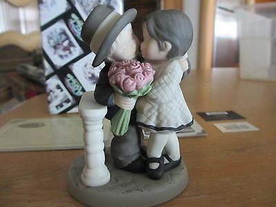 Pretty as a Picture - One of Life's Sweetest Moments is Loving You 472387 enesco