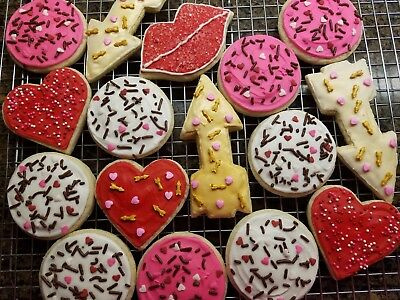 - Gluten Free Frosted Sugar Cookies - 16 Count - Homemade - Valentine's Day