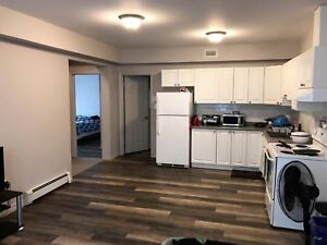 Gorgeous 2 Bed Apartment in Downtown Barrie