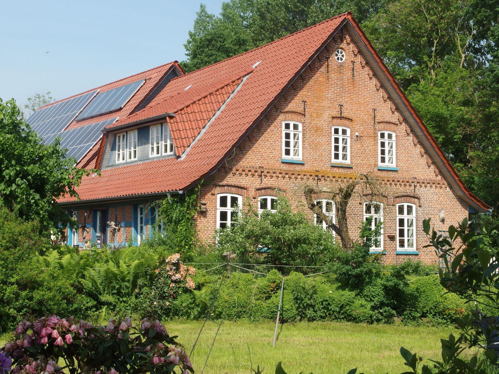 Landhaus, mit Einliegerwohnung, 6,5 ha Weideland 450.000,00 VB provisionsfrei