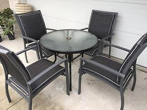 5 Piece Outdoor Setting East Brisbane Brisbane South East Preview