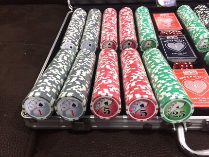 Brand new authentic casino hi roller poker chip Texas hold'em set.  Green Valley Liverpool Area Preview