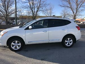 2013 Nissan Rogue - White - Special Edition