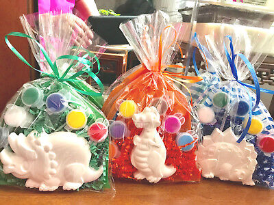 10 Dinosaur Jurassic world party favors.Creative,PRICE PER 10 BAGS.1 in each bag