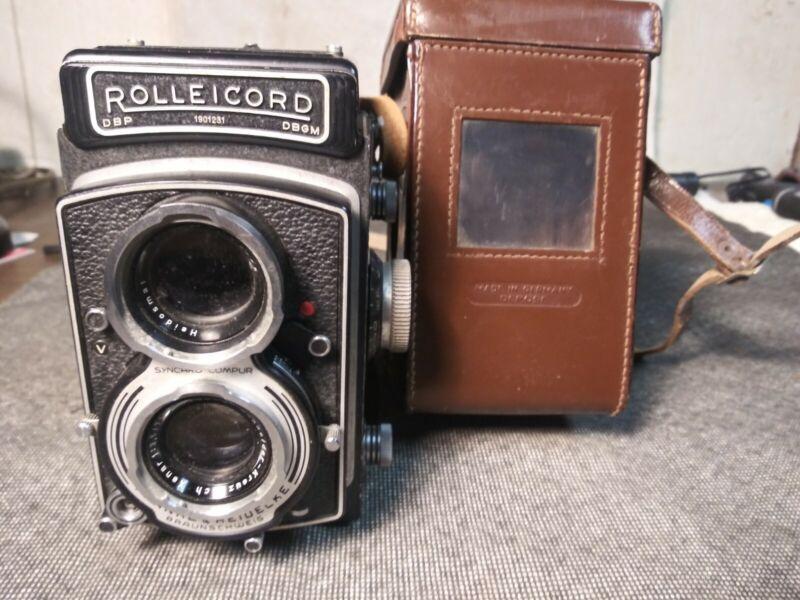 Vintage ROLLEICORD DBP 1588569 DBGM Synchro Compur Franke & Heidecke Camera