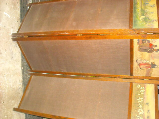 Victorian  Antique Hand Painted Oak Folding Screen.  LOCAL PICK UP ONLY