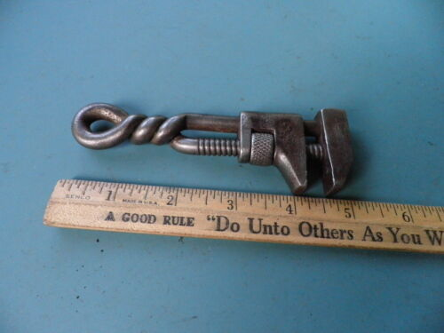 """5"""" Twisted Handle Adjustable Collectible Wrench Farm Tool"""
