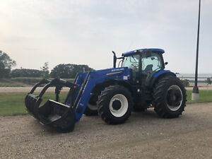 New Holland T7-235 tractor with loader