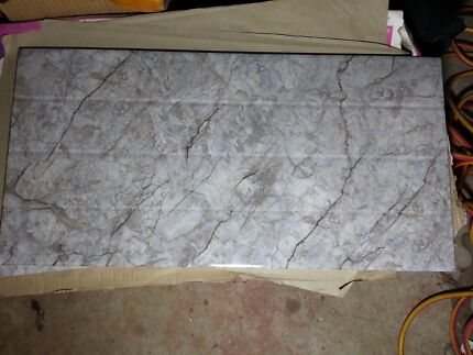 600x300mm wall tiles