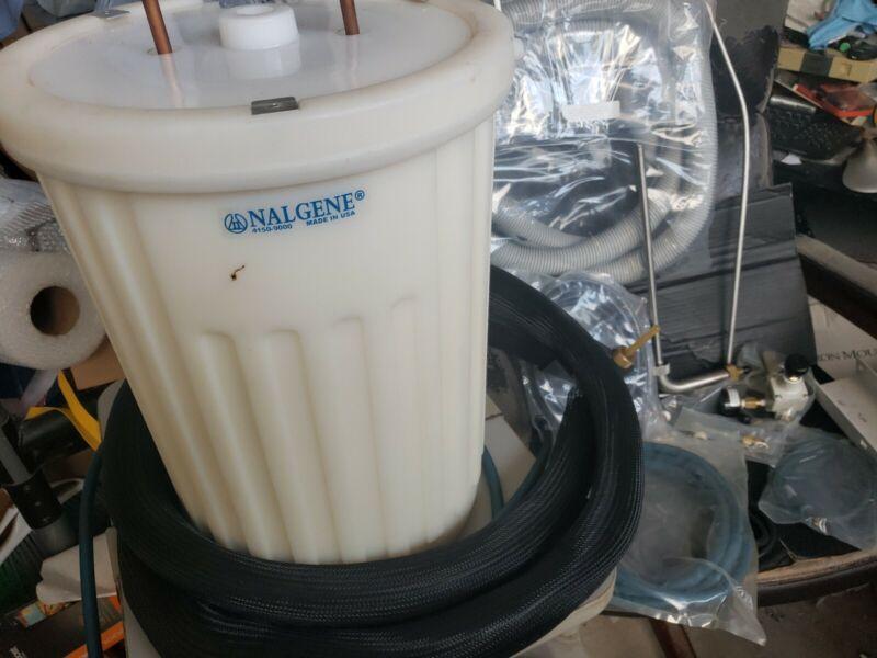 MWBVTSL000 system with NALGENE 4150-9000