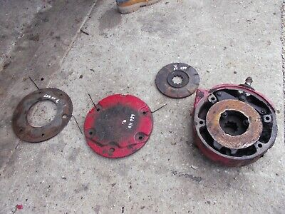 Farmall International 656 Rchu Tractor Ih Rigt Disk Disc Brake Assembly Covers
