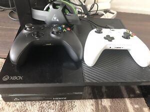 Xbox one 500gb + all accessories price negotiable