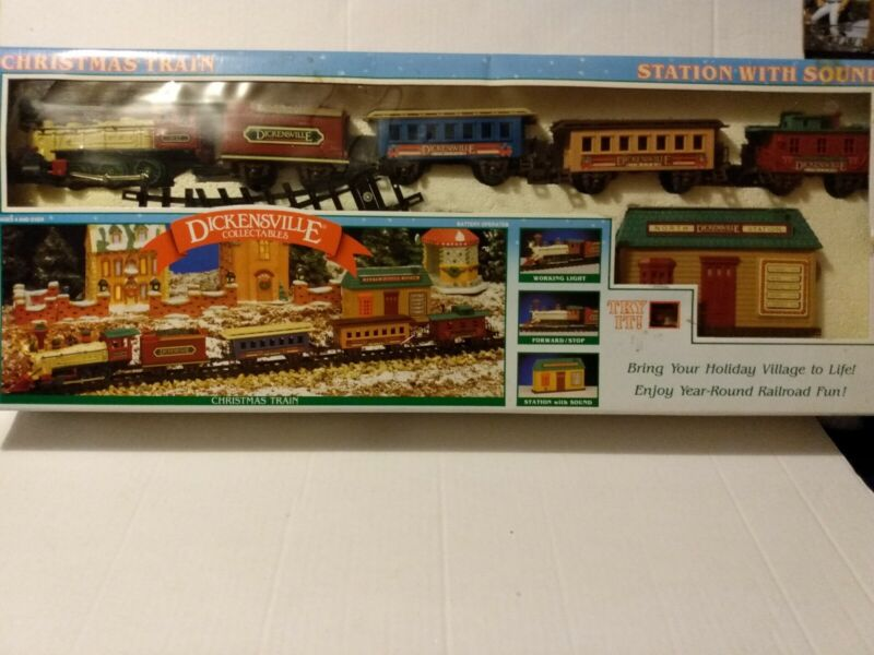 Dickenville Collectables Christmas Train Set 1992 vintage