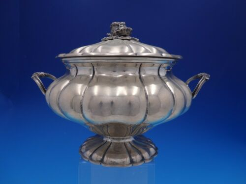 Peruvian 800 Silver Fluted Covered Casserole Dish with Cabbage Finial (#4220)