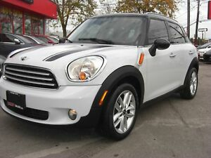 2011 MINI Cooper Countryman *Panoramic Sunroof / Leather*