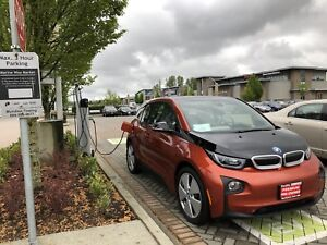 Reduced!! 2015 BMW i3 REX