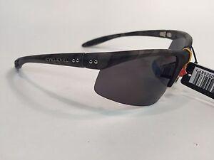 Eyelevel-Sunglasses-Chameleon-Anti-Glare-Polarised-Fishing-Glasses-Camo-Black