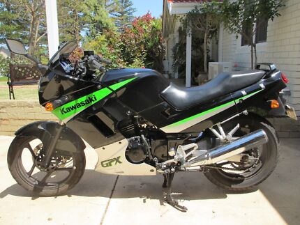Kawasaki GPX 250 Top condition Low Km Beachlands Geraldton City Preview