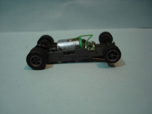 TOMY AFX H.O. SCALE MEGA G+ 1.7 NARROW CHASSIS WITH GRAY SPOKED RIMS