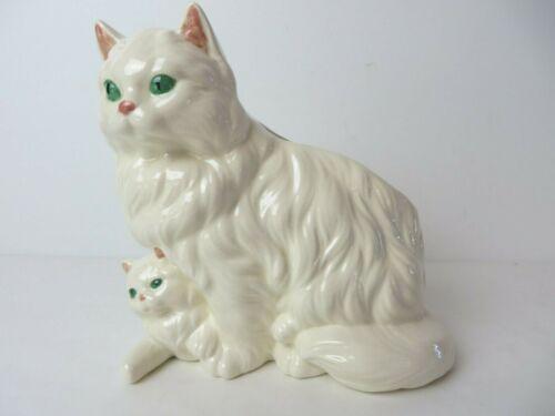 Vintage Ceramic Persian Cat with Kitten Planter Figure White  #12069