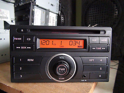 Nissan Versa 2012-2014 CD player Aux in black trim CY19G TESTED 59219g