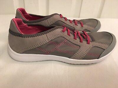 Clarks Ladies Girls ARBOR JADE Gray Pink Trainers Shoes Sz UK 3 D New Lightweigh