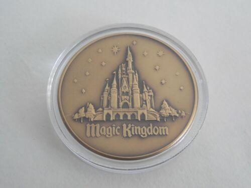 Rare DRC Magic Kingdom Disney Reservation Center Cast Member Gift Coin Medallion