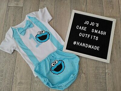Boys 1st Birthday outfit. Cookie monster  Cake Smash. Photo. Braces, bow tie.